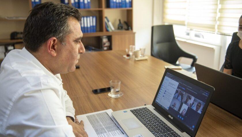 Belediyelerin sosyal hizmetler daire başkanları online olarak bir araya geldi