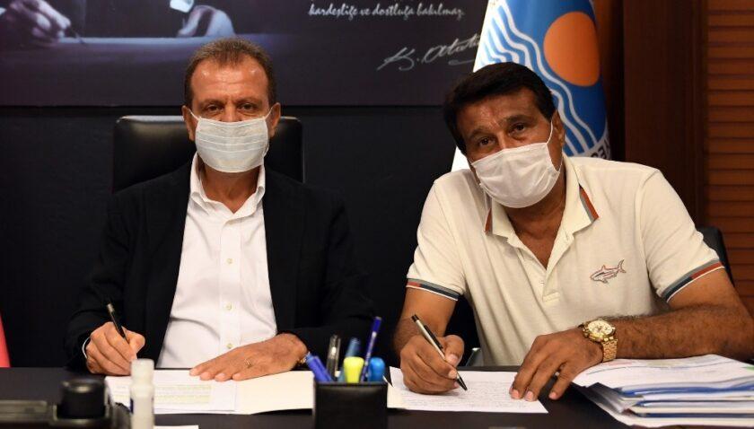 Mersin Büyükşehir Belediyesi, bin 80 işçiyi kapsayan toplu sözleşmeyi imzaladı
