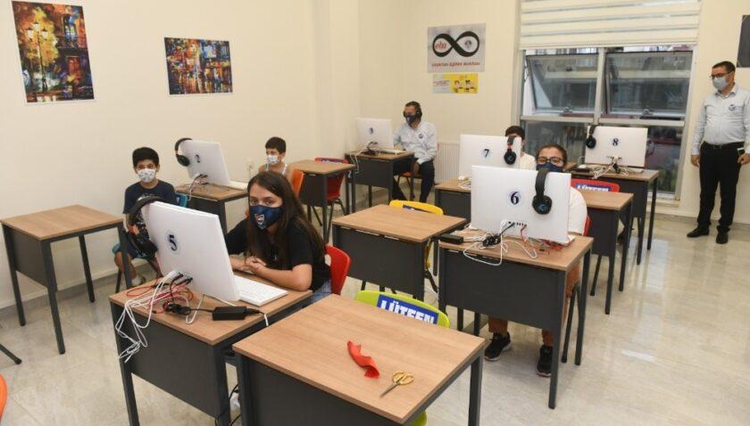 Mersin'de çocuklara EBA Destek Noktası