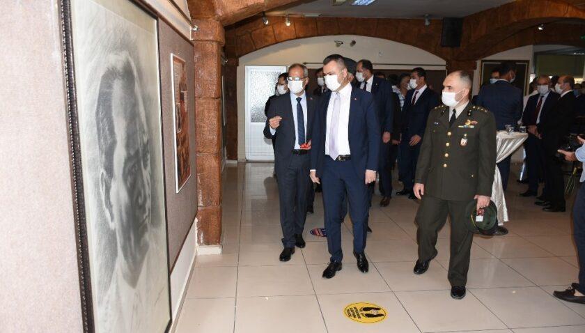 Tarsus'ta cumhuriyet coşkusu dolu dolu yaşandı