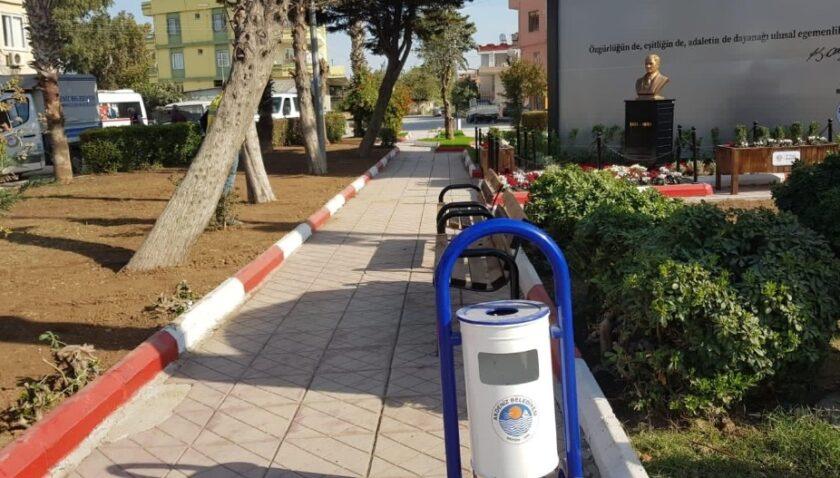 Akdeniz Belediyesi park ve yeşil alanları yeniliyor