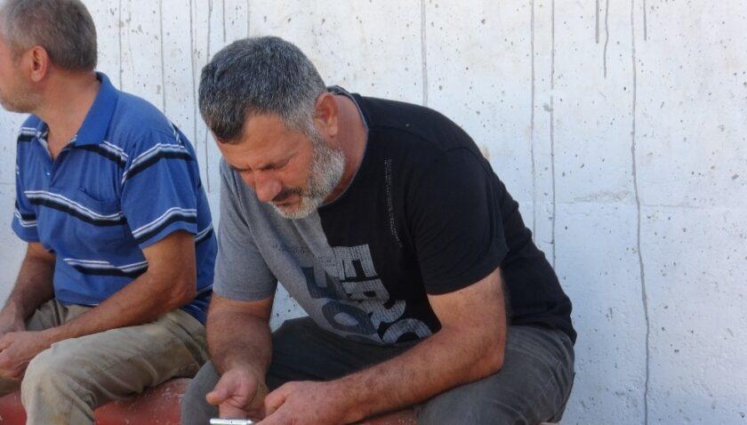 Kayıp balıkçının babası oğlundan gelecek haberi bekliyor