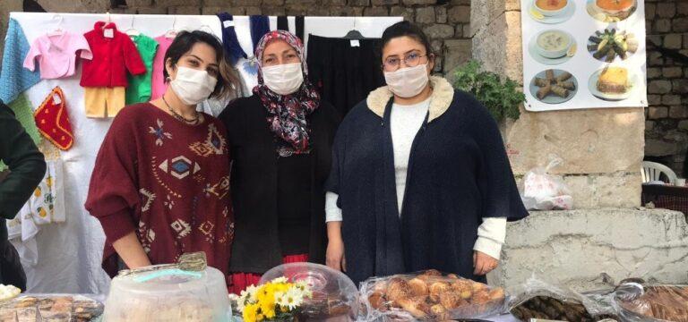 Mersin'de kadınlar SMA hastası çocuk için stant açtı