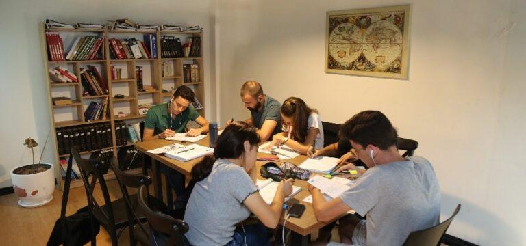 Mezitli Belediyesinden 588 üniversite öğrencisine eğitim desteği