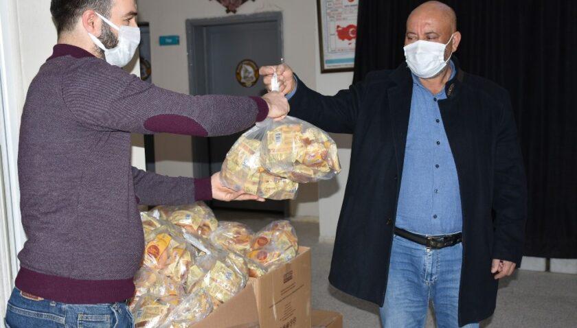 Tarsus'ta 60 bin glutensiz ekmek çölyak hastaları için ücretsiz dağıtıldı