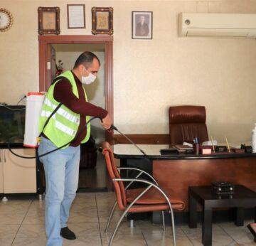 Toroslar'da dezenfekte çalışmaları sürüyor