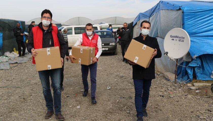 Akdeniz Kaymakamlığı'ndan mevsimlik işçilere yardım eli