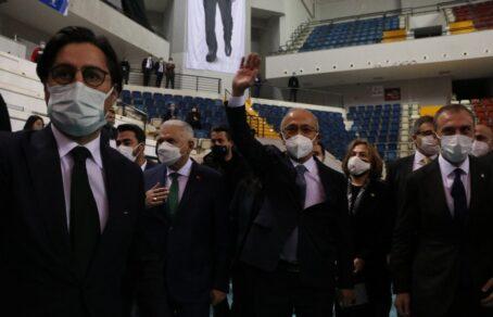 """Bakan Elvan: """"Çukurova Havaalanı 2022 yılı Mart ayında açılacak"""""""
