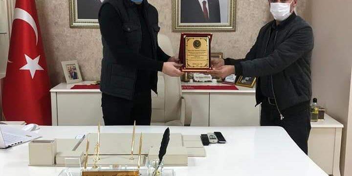 Gümüştok'a yılın en başarılı özel kalem müdürü ödülü