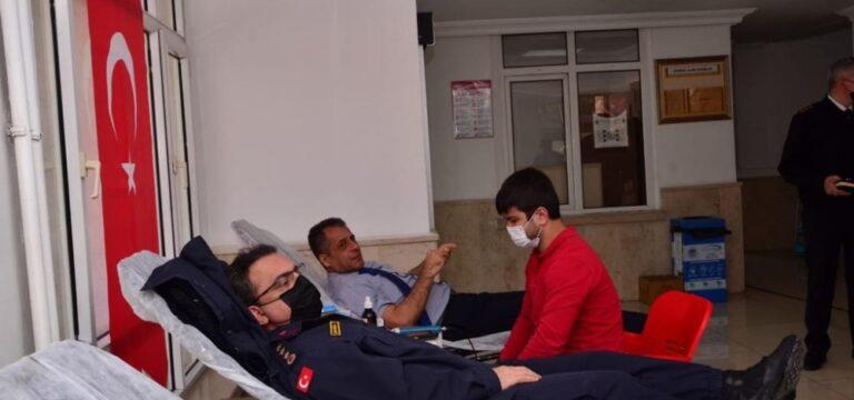 Jandarmadan kan bağışı desteği