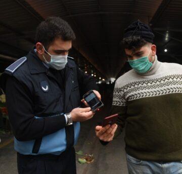 Yenişehir'deki semt pazarlarında HES kodu uygulaması