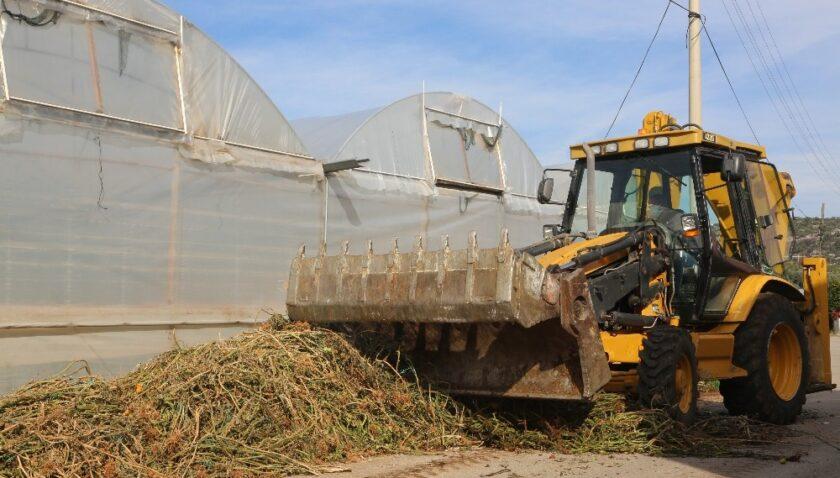 Erdemli Belediyesinden çiftçilere destek