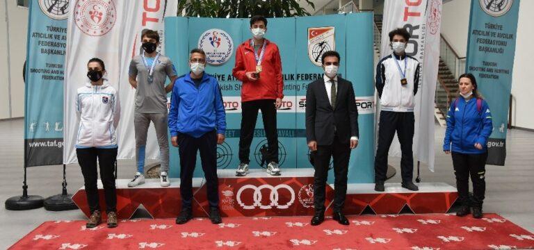 Mersin'de yapılan Havalı Silahlar Türkiye Şampiyonası sona erdi