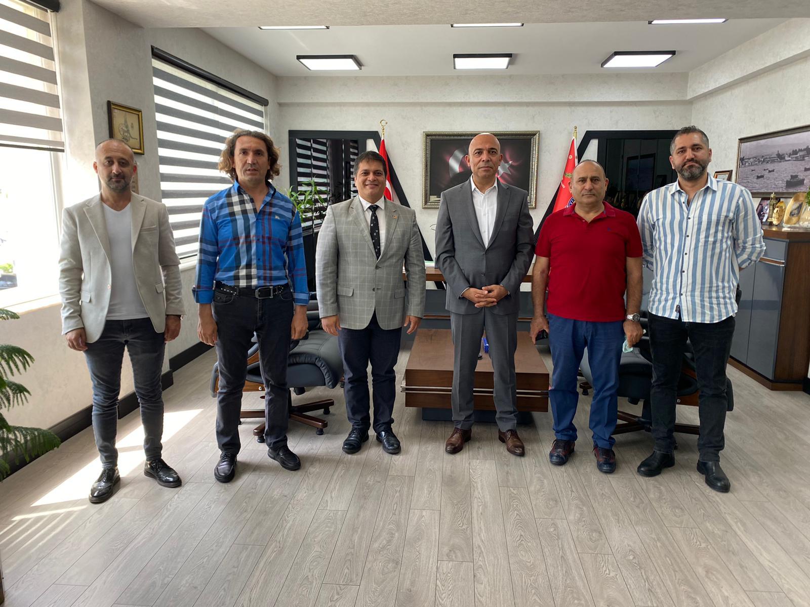 Gazeteciler, Şahne'yi ziyaret etti