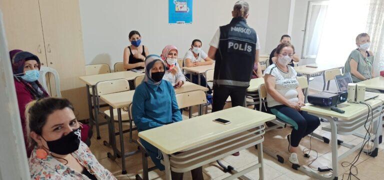 Mersin'de 'En İyi Narkotik Polisi Anne' projesi eğitimleri sürüyor